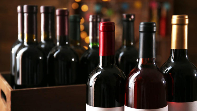 Красное вино по бутылкам